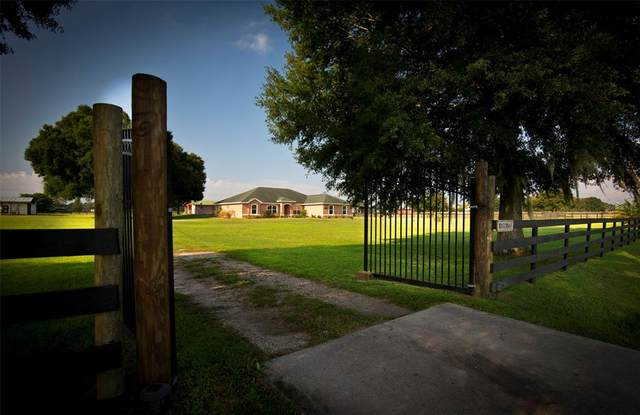 1550 NE 105TH Lane, Anthony, FL 32617 (MLS #OM624389) :: Cartwright Realty