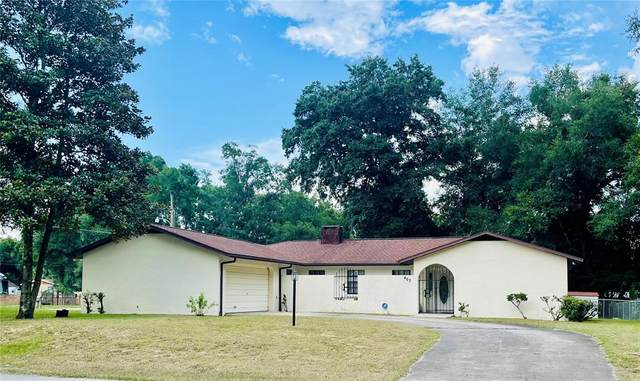 407 SW 23RD Avenue, Ocala, FL 34471 (MLS #OM624433) :: Century 21 Professional Group