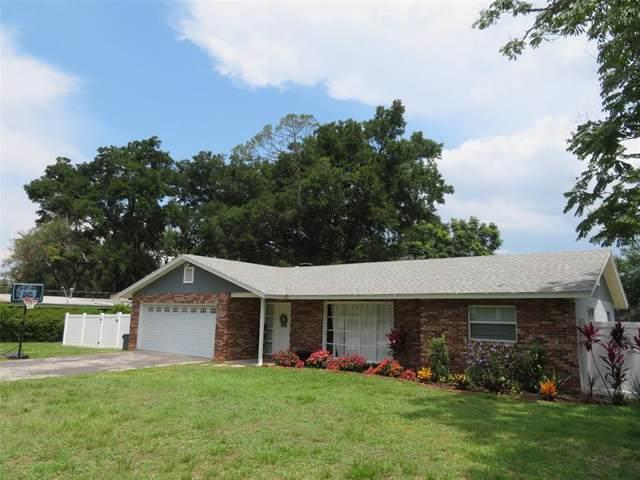 2135 NE 6TH Place, Ocala, FL 34470 (MLS #OM624553) :: Sarasota Property Group at NextHome Excellence