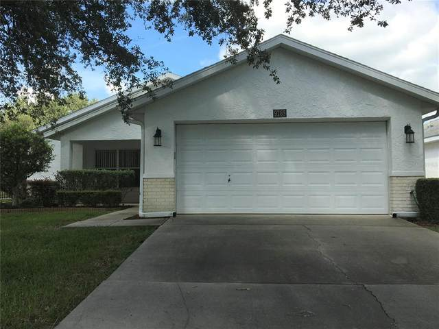 9285 SW 92ND PLACE Road, Ocala, FL 34481 (MLS #OM624615) :: The Duncan Duo Team