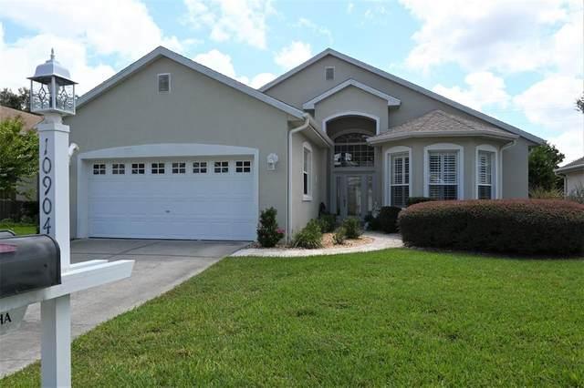 10904 SW 69TH Circle, Ocala, FL 34476 (MLS #OM624815) :: The Hesse Team