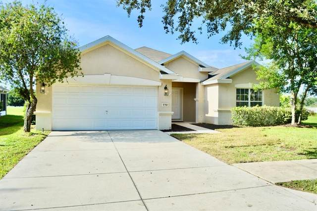 5792 SW 40TH Place, Ocala, FL 34474 (MLS #OM627201) :: Carmena and Associates Realty Group