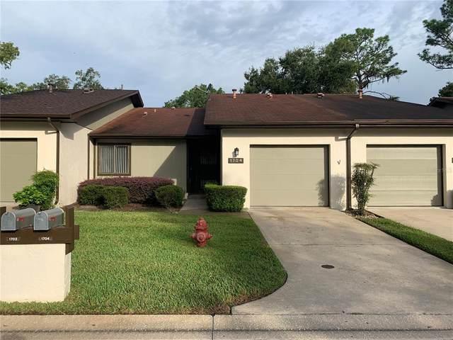 1704 NE 38TH Avenue, Ocala, FL 34470 (MLS #OM628382) :: Tuscawilla Realty, Inc