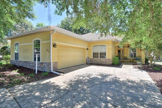 2651 SW 20TH Circle, Ocala, FL 34471 (MLS #OM628644) :: Delgado Home Team at Keller Williams