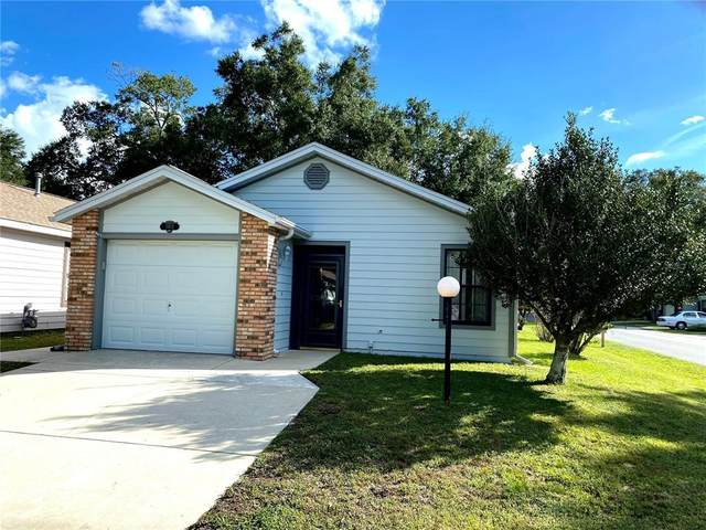 3902 NE 22ND Lane, Ocala, FL 34470 (MLS #OM628762) :: Tuscawilla Realty, Inc