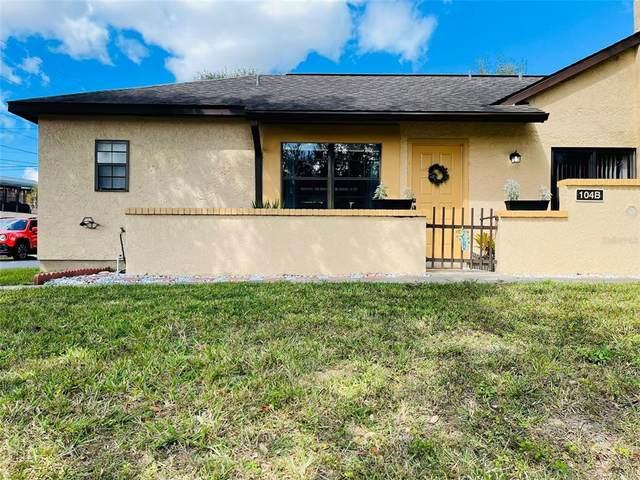 62 Pine Track 104B, Ocala, FL 34472 (#OM628808) :: Caine Luxury Team