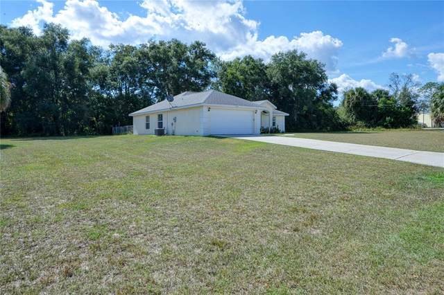650 Silver Pass, Ocala, FL 34472 (MLS #OM628878) :: Griffin Group