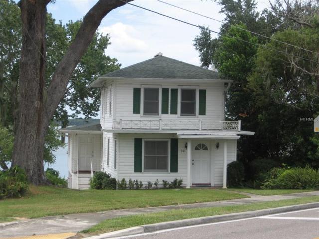 301 Lake Ariana Boulevard, Auburndale, FL 33823 (MLS #P4717002) :: Gate Arty & the Group - Keller Williams Realty