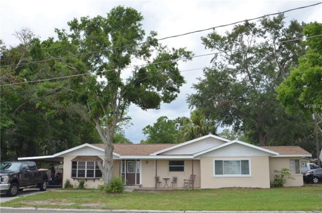 1852 W Lake Parker Drive, Lakeland, FL 33805 (MLS #P4900134) :: The Duncan Duo Team