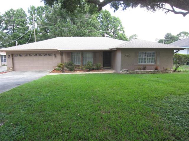 439 Lanier Lane, Winter Haven, FL 33884 (MLS #P4901114) :: Mark and Joni Coulter | Better Homes and Gardens