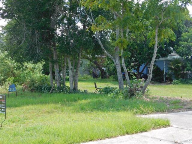 1121 Avenue C, Haines City, FL 33844 (MLS #P4902092) :: The Duncan Duo Team