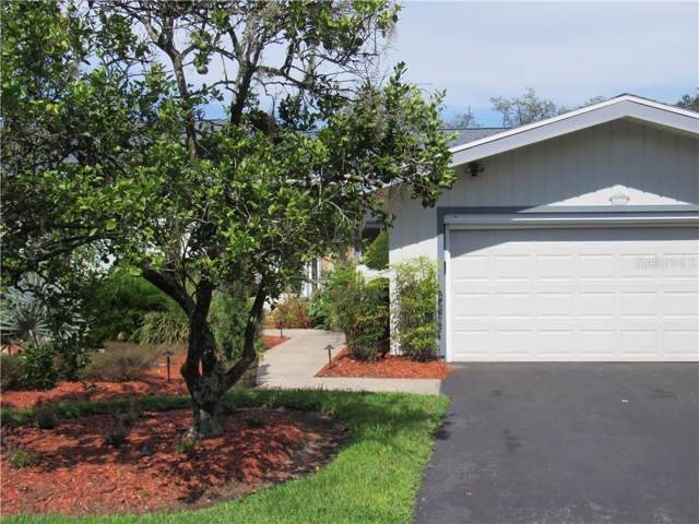 48 Nottingham Way, Haines City, FL 33844 (MLS #P4907415) :: Bustamante Real Estate