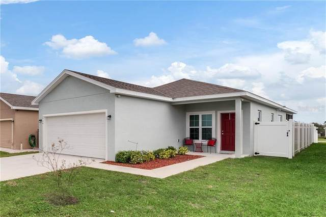 2924 Whispering Trails Drive, Winter Haven, FL 33884 (MLS #P4909567) :: The Duncan Duo Team