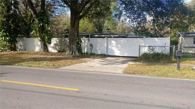2203 34TH ST NW, Winter Haven, FL 33881 (MLS #P4909688) :: Mark and Joni Coulter   Better Homes and Gardens