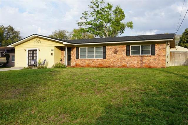 136 Lowell Road, Winter Haven, FL 33884 (MLS #P4909808) :: Mark and Joni Coulter | Better Homes and Gardens
