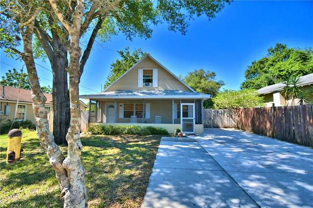 318 Lime Avenue, Lake Wales, FL 33853 (MLS #P4910718) :: The Duncan Duo Team