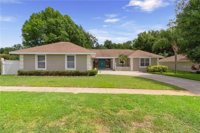 2101 Edgewater Circle, Winter Haven, FL 33880 (MLS #P4910852) :: Burwell Real Estate