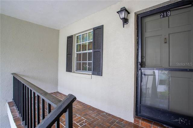 689 Lake Howard Dr Nw #219, Winter Haven, FL 33880 (MLS #P4910965) :: Sarasota Home Specialists