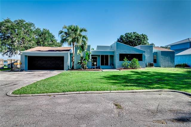 1500 S Lake Rochelle Drive, Winter Haven, FL 33881 (MLS #P4911972) :: Baird Realty Group