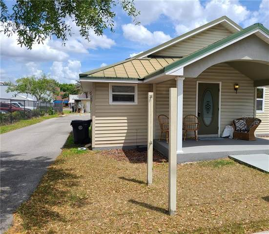 211 Howard Street, Auburndale, FL 33823 (MLS #P4915040) :: The Kardosh Team