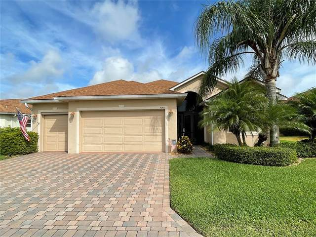 5252 Pebble Beach Boulevard, Winter Haven, FL 33884 (MLS #P4916019) :: The Hustle and Heart Group