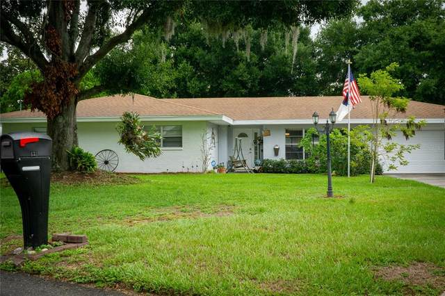 631 Paradise Island Way, Haines City, FL 33844 (MLS #P4916214) :: Kelli and Audrey at RE/MAX Tropical Sands