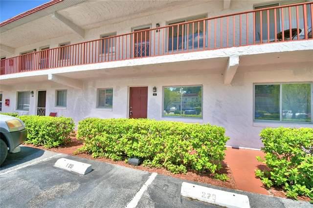 400 San Miguel #121, Winter Haven, FL 33884 (MLS #P4916852) :: The Hesse Team