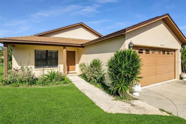 4307 Larrys Lagoon, Winter Haven, FL 33884 (MLS #P4917489) :: Florida Real Estate Sellers at Keller Williams Realty