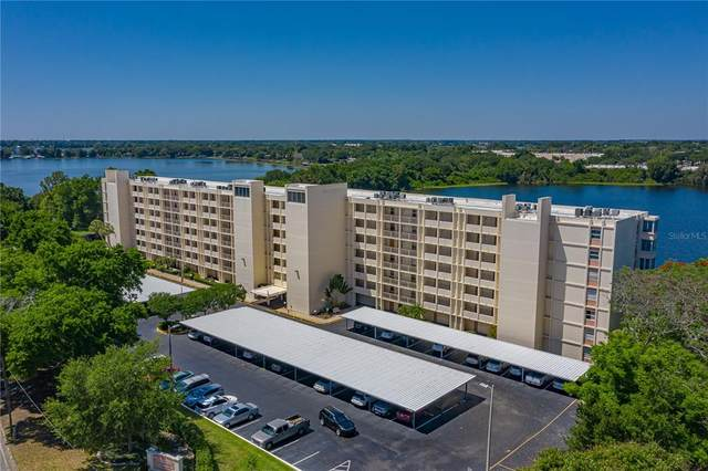 700 Mirror Terrace Nw #402, Winter Haven, FL 33881 (MLS #P4917575) :: Florida Real Estate Sellers at Keller Williams Realty