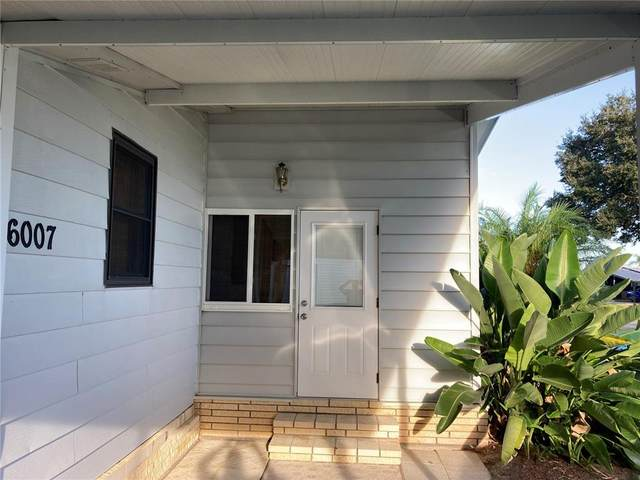 6007 Grand Oak Drive SE, Winter Haven, FL 33884 (MLS #P4917705) :: Florida Real Estate Sellers at Keller Williams Realty