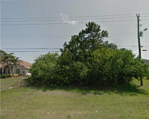 2226 SW Savage Boulevard, Port Saint Lucie, FL 34953 (MLS #R4901753) :: The Duncan Duo Team