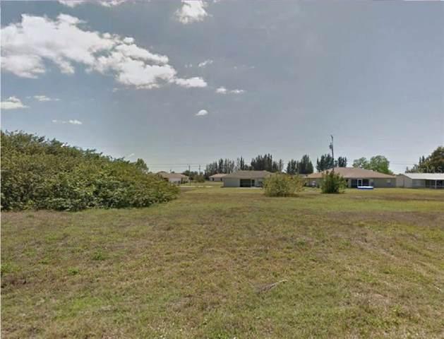 322 NE 10TH Street, Cape Coral, FL 33909 (MLS #R4902068) :: Team Bohannon Keller Williams, Tampa Properties