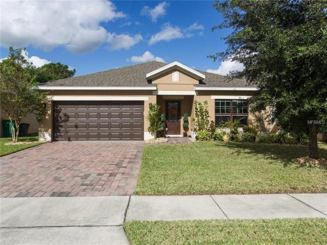 7205 Wakeview Drive, Davenport, FL 33896 (MLS #S4853819) :: RealTeam Realty