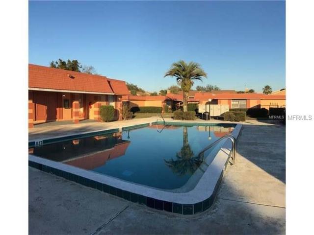 2727 W Oak Ridge Road #5, Orlando, FL 32809 (MLS #S4858972) :: The Duncan Duo Team