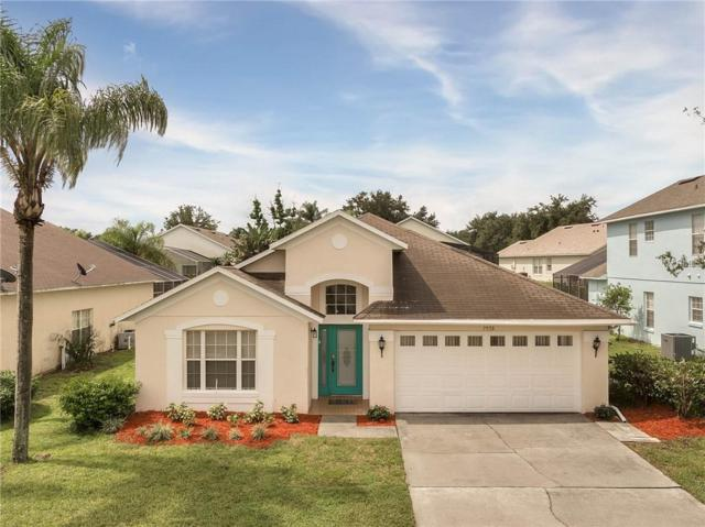 7958 Heritage Entrance Boulevard, Kissimmee, FL 34747 (MLS #S5004869) :: The Duncan Duo Team