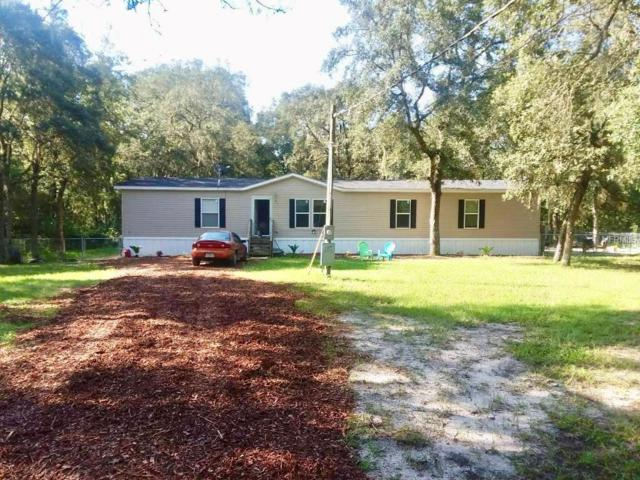 127 Lynne Drive, Palatka, FL 32177 (MLS #S5005738) :: The Duncan Duo Team