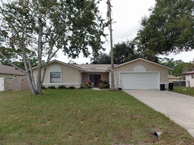 828 Lamplighter Drive NW, Palm Bay, FL 32907 (MLS #S5010707) :: Griffin Group