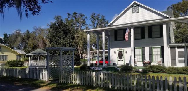 407 E Magnolia Street, Kissimmee, FL 34744 (MLS #S5011979) :: The Duncan Duo Team