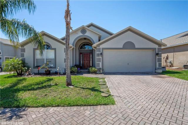 1052 Knightsbridge Circle, Davenport, FL 33896 (MLS #S5016902) :: Gate Arty & the Group - Keller Williams Realty