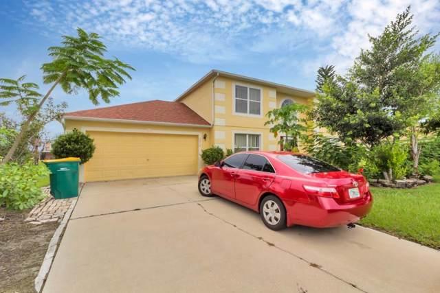 2410 Ridgeway Drive, Kissimmee, FL 34746 (MLS #S5022019) :: Bustamante Real Estate