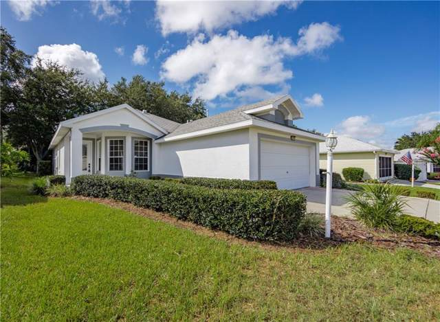 5978 Sailboat Avenue, Tavares, FL 32778 (MLS #S5022328) :: Bustamante Real Estate
