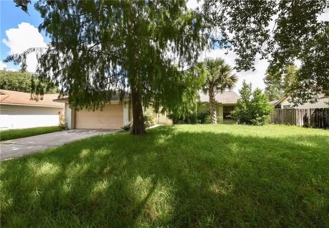 8213 Wellsmere Circle, Orlando, FL 32835 (MLS #S5022562) :: The Figueroa Team