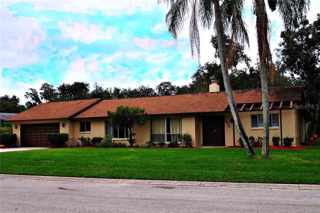 1472 Regal Court, Kissimmee, FL 34744 (MLS #S5022740) :: Carmena and Associates Realty Group