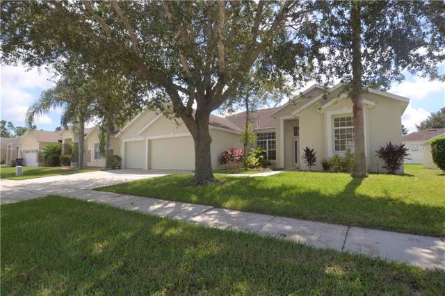 111 Nottingham Way, Davenport, FL 33897 (MLS #S5023570) :: Florida Real Estate Sellers at Keller Williams Realty