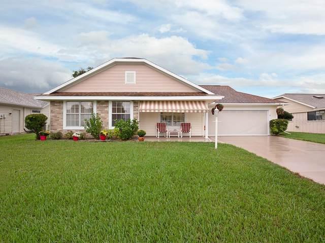 210 Fairgreen Avenue, New Smyrna Beach, FL 32168 (MLS #S5024727) :: Godwin Realty Group