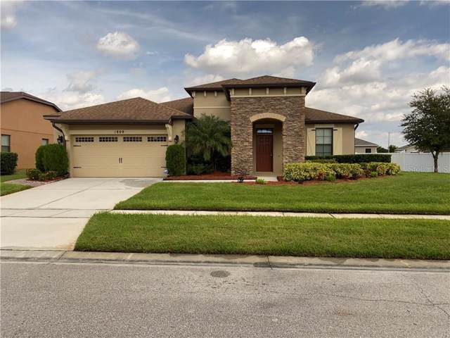 1809 Trophy Bass Way, Kissimmee, FL 34746 (MLS #S5025199) :: Homepride Realty Services