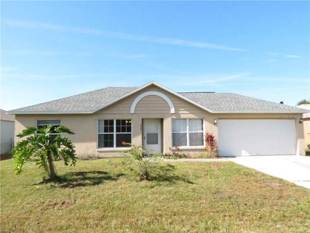 930 Gloucester Court, Kissimmee, FL 34758 (MLS #S5026707) :: Premium Properties Real Estate Services