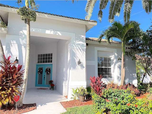 4888 Sabal Lake Circle, Sarasota, FL 34238 (MLS #S5027262) :: The Duncan Duo Team