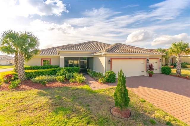3231 Silver Fin Way, Kissimmee, FL 34746 (MLS #S5028598) :: Andrew Cherry & Company