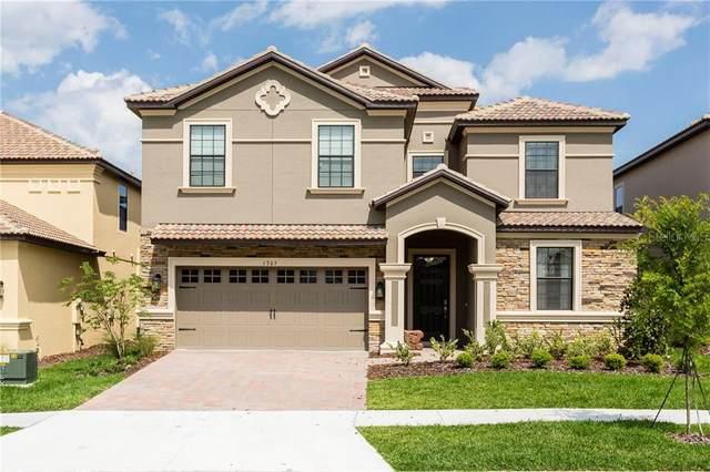 1305 Divot Way, Davenport, FL 33896 (MLS #S5030055) :: The Price Group